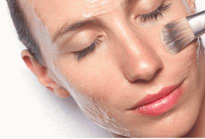 Peeling para renovar la piel después del Verano