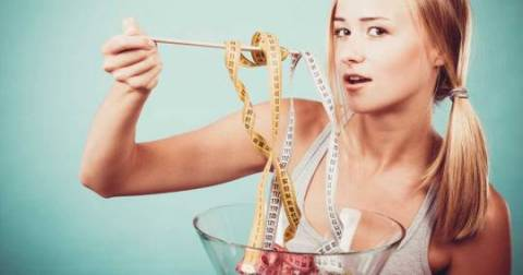 Que relación tienen las hormonas con el control de peso?