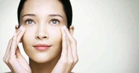 tips para prevenir arrugas del contorno de ojos